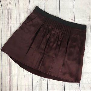 BANANA REPUBLIC 100% Silk Pleated Skirt - Size 14